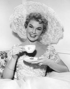 """Love Me, Leave Me""Doris Day1955 MGM**I.V. - Image 21794_0004"