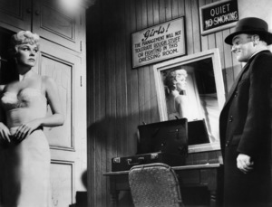 """Doris Day and James Cagney in """"Love Me or Leave Me""""1955 MGM** I.V. - Image 21794_0015"""