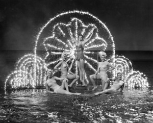 """Million Dollar Mermaid""Esther Williams1952 MGM**I.V. - Image 21795_0004"