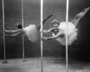 """Million Dollar Mermaid""Esther Williams1952 MGM**I.V. - Image 21795_0017"