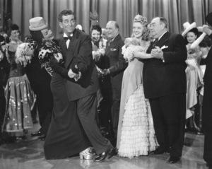 """""""Gangs All Here""""Carmen Miranda, Edward Everett Horton, Alice Faye, Eugene Pallette1943 20th Cent.**I.V. - Image 21798_0001"""