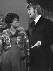 """""""The Glen Campbell Goodtime Hour""""Ella Fitzgerald, Glen Campbellcirca 1965 CBS**I.V. - Image 21920_0001"""
