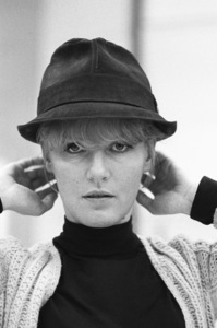 Petula Clark at a Reprise Records recording session1965© 1978 Ed Thrasher - Image 2193_0037