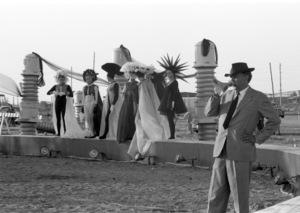 """8 1/2""Director Federico Fellini1963** I.V.C. - Image 22184_0018"