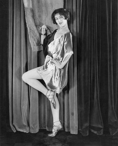 """Beware of Married Men""Myrna LoyWarner Bros. 1928** I.V. - Image 22187_0001"