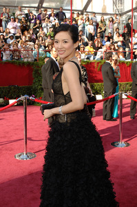 Academy Award presenter Zhang Ziyi arrives at the 77th Annual Academy Awards at the Kodak Theatre in Hollywood, CA on Sunday, February 27, 2005.  HO/AMPAS - Image 22270_0002