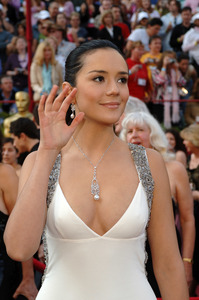 """Catalina Sandino Moreno, Academy Award nominee for Best Actress for her work in """"Maria Full of Grace,"""" arrives at the 77th Annual Academy Awards at the Kodak Theatre in Hollywood, CA on Sunday, February 27, 2005.  HO/AMPAS - Image 22270_0004"""