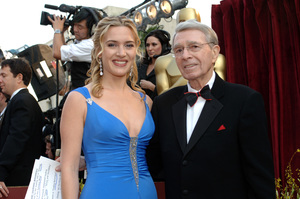 Academy Award Best Actress nominee Kate Winslet poses with Army Archerd before the 77th Annual Academy Awards at the Kodak Theatre in Hollywood, CA on Sunday, February 27, 2005.  HO/AMPAS - Image 22270_0089