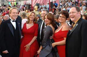 """Academy Award Best Animated Feature nominee Brad Bird (far left) poses with the producers of """"The Incredibles"""" and their guests before the 77th Annual Academy Awards at the Kodak Theatre in Hollywood, CA on Sunday, February 27, 2005. HO/AMPAS - Image 22270_0092"""