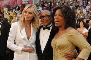 Quincy Jones, Oprah Winfrey and a guest arrive at the 77th Annual Academy Awards at the Kodak Theatre in Hollywood, CA on Sunday, February 27, 2005.  HO/AMPAS - Image 22270_0122