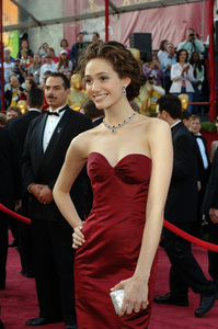 Academy Award presenter Emmy Rossum arrives at the 77th Annual Academy Awards at the Kodak Theatre in Hollywood, CA on Sunday, February 27, 2005.  HO/AMPAS - Image 22270_0129