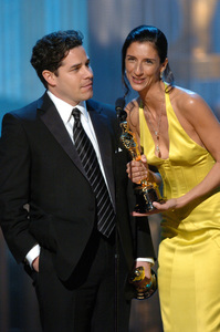Ross Kauffman (left) and Zana Briski accept the Academy Award for Best Documentary Feature during the 77th Annual Academy Awards at the Kodak Theatre in Hollywood, CA on Sunday, February 27, 2005.  HO/AMPAS - Image 22270_0145
