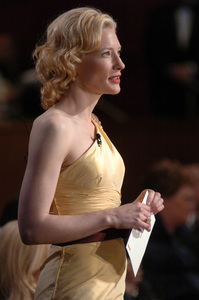 Academy Award nominee Cate Blanchett presents the Academy Award for Achievement in Makeup during the 77th Annual Academy Awards at the Kodak Theatre in Hollywood, CA on Sunday, February 27, 2005.  HO/AMPAS - Image 22270_0177