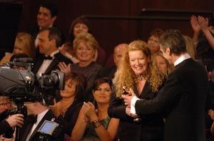 Andrea Arnold accepts the Academy Award for Best Live Action Short Film from Jeremy Irons during the 77th Annual Academy Awards at the Kodak Theatre in Hollywood, CA on Sunday, February 27, 2005.  HO/AMPAS - Image 22270_0199
