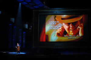Cellist Yo-Yo Ma performs during the Memorial Tribute during the 77th Annual Academy Awards at the Kodak Theatre in Hollywood, CA on Sunday, February 27, 2005.  HO/AMPAS - Image 22270_0221