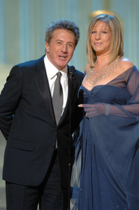 Oscar winners Dustin Hoffman and Barbra Streisand present the Academy Award for Best Motion Picture during the 77th Annual Academy Awards at the Kodak Theatre in Hollywood, CA on Sunday, February 27, 2005.  HO/AMPAS - Image 22270_0287