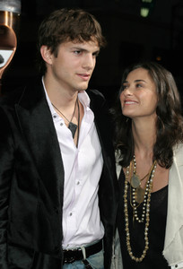"""Guess Who"" (Premiere)Ashton Kutcher, Demi Moore03-13-2005 / Grauman"
