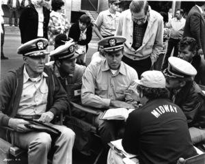 """Midway""Henry Fonda, Robert Wagner, Charlton Heston, Hal Holbrook, director Jack Smight (back to camera)1976 Universal Pictures** I.V. - Image 22429_0002"