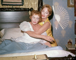 """Hush... Hush, Sweet Charlotte""Bette Davis, Olivia de Havilland1964 20th Century Fox** J.C.C. - Image 22659_0001"