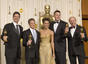 """The 78th Annual Academy Awards"" (Press Room)Christopher Boyes, Michael Semanick, Jessica Alba, Michael Hedges, Hammond Peek03-05-2006 / Kodak Theatre / Hollywood, CA © 2006 AMPAS - Image 22701_0035"