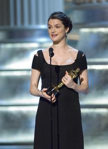 """The 78th Annual Academy Awards"" (Telecast)Rachel Weisz03-05-2006 / Kodak Theatre / Hollywood, CA © 2006 AMPAS - Image 22701_0055"