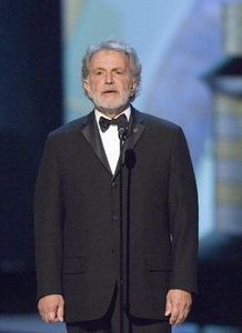 """""""The 78th Annual Academy Awards"""" (Telecast)Sidney Ganis (President of the Academy of Motion Picture Arts and Sciences)03-05-2006 / Kodak Theatre / Hollywood, CA © 2006 AMPAS - Image 22701_0059"""