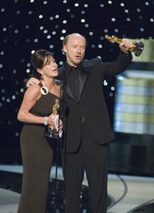 """The 78th Annual Academy Awards"" (Telecast)Cathy Schulman, Paul Haggis03-05-2006 / Kodak Theatre / Hollywood, CA © 2006 AMPAS - Image 22701_0072"