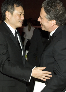 """""""The 78th Annual Academy Awards"""" (After Party)Ang Lee, Jon Stewart03-05-2006 / Kodak Theatre / Hollywood, CA © 2006 AMPAS - Image 22701_0075"""