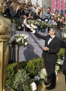 """""""The 78th Annual Academy Awards"""" (Arrivals)George Clooney03-05-2006 / Kodak Theatre / Hollywood, CA © 2006 AMPAS - Image 22701_0079"""