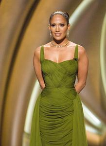 """The 78th Annual Academy Awards"" (Telecast)Jennifer Lopez03-05-2006 / Kodak Theatre / Hollywood, CA © 2006 AMPAS - Image 22701_0087"