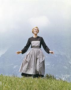 """The Sound of Music""Julie Andrews1965 20th Century Fox** I.V. - Image 22727_0400"
