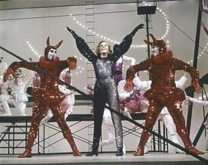 """""""Star!""""Julie Andrews1968 20th Century Fox** I.V. - Image 22727_0401"""