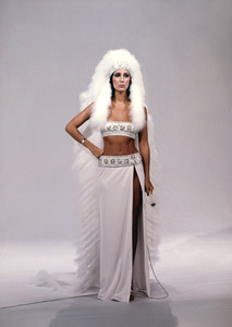 """The Sonny and Cher Show""Cher Bonocirca 1976** I.V. - Image 22727_0937"