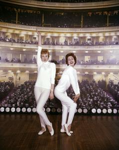 """""""Julie and Carol at Carnegie Hall""""Carol Burnett, Julie Andrews1962** I.V. - Image 22727_0971"""