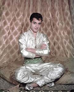 """The DuPont Show of the Month"" (Episode: Aladdin)Sal Mineo1958** I.V. - Image 22727_0989"