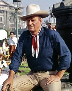 "John Wayne in ""Circus World"" 1964 ** I.V. - Image 22727_1027"