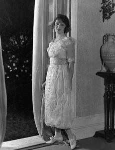Billie Burkecirca 1910s** I.V. - Image 22727_1327
