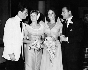 Elizabeth Taylor wedding to Michael Todd (also pictured: Debbie Reynolds and Eddie Fisher)1957Photo by Ronnie Luster** I.V. - Image 22727_1347