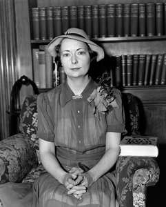 """Margaret Mitchell, author of """"Gone with the Wind"""" circa 1930Photo by Rienhart** I.V. - Image 22727_1413"""