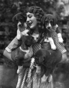 Mary Pickfordcirca late 1910s** I.V. - Image 22727_1422