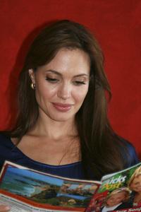 Angelina Jolie07-01-2010 © 2010 Jean Cummings - Image 22834_0350
