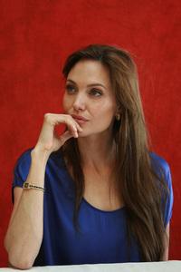 Angelina Jolie07-01-2010 © 2010 Jean Cummings - Image 22834_0352
