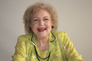 Betty White05-31-2009 © 2010 Jean Cummings - Image 22834_0369