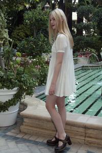 Elle Fanning 12-08-2010 © 2010 Jean Cummings - Image 22834_0616