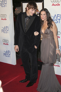 """Bobby"" (AFI Fest Opening Night Gala and U.S. Premiere) Ashton Kutcher, Demi Moore 11-01-2006 / Grauman"