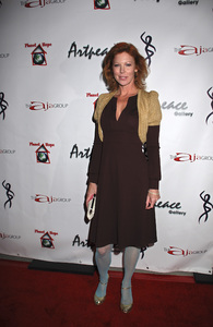 """The First Anniversary Celebration of Artpeace Gallery""Cynthia Basinet01-20-2007 / Artpeace Gallery / Burbank, CA / Photo by Andrew Howick - Image 22907_0025"