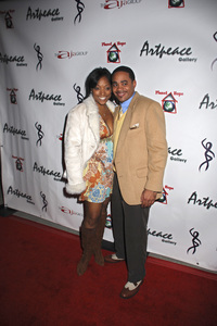 """The First Anniversary Celebration of Artpeace Gallery""Kellita Smith01-20-2007 / Artpeace Gallery / Burbank, CA / Photo by Andrew Howick - Image 22907_0045"