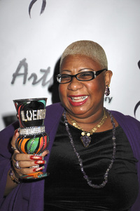 """The First Anniversary Celebration of Artpeace Gallery""Luenell01-20-2007 / Artpeace Gallery / Burbank, CA / Photo by Andrew Howick - Image 22907_0047"