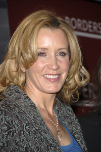 """Felicity Huffman at the book signing of """"A Practical Handbook for the Boyfriend""""01-31-2007 / Borders / Westwood, CA / Photo by Andrew Howick - Image 22917_0003"""