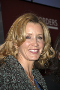 """Felicity Huffman at the book signing of """"A Practical Handbook for the Boyfriend""""01-31-2007 / Borders / Westwood, CA / Photo by Andrew Howick - Image 22917_0004"""